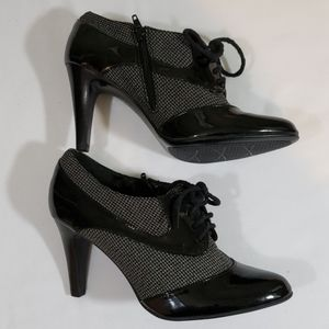 NATURALIZER HEELED SHOES SIZE 6M USED CONDITION